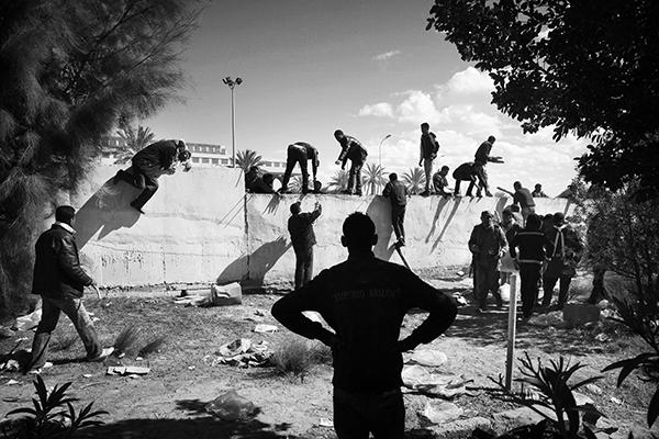 Passage de frontière, Tunisie